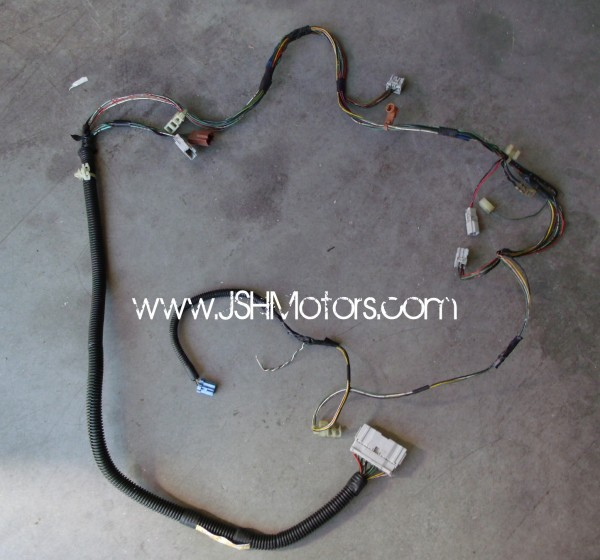 1409678984 JDM Integra Dc2 Rear End Wire Harness 001 jdm integra dc2 rear end wire harness integra wire harness firewall plugs at soozxer.org