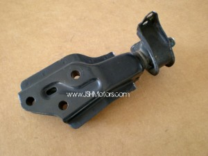 92-95 Civic Eg Front Transmission Bracket