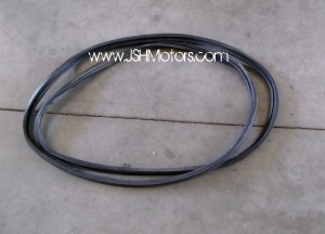 Integra Dc5 Weather Strip / Trunk Seal
