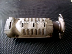 Used JDM 4 Door DB8 Integra Type R Catalytic converter