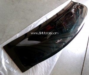 06-15 4 Door Civic Rear Roof Visor